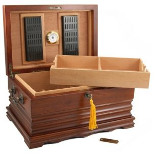 The Tradition – Antique Cigar Humidor